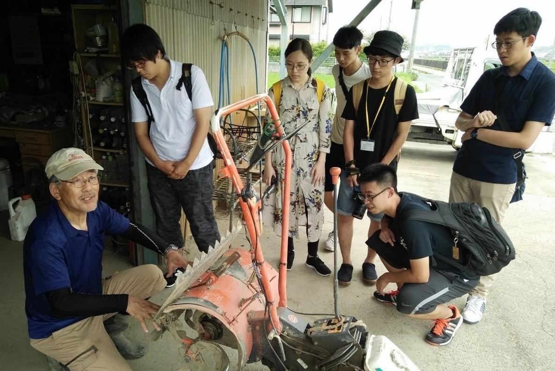 農具操作是北科大與大阪工業大學合辦的PBL計畫中的一個環節。