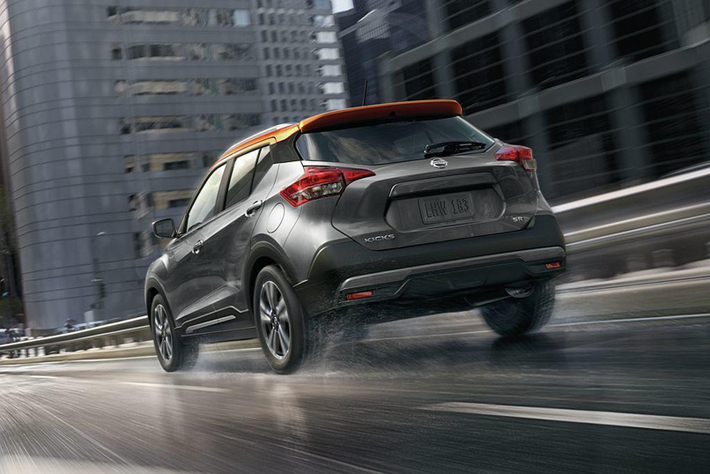 美規新年式Nissan Kicks依然提供S、SV、SR三種車型可選,不過基礎售...