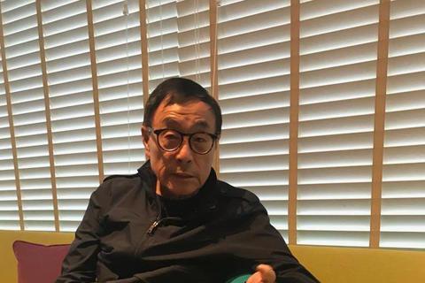 音樂人劉家昌近來相當關心即將到來的「九合一選舉」,日前他才痛批幾位名嘴「天天給人扣紅帽子」,還呼籲台灣選民「用選票教訓他們,否定他們的公信力」,義憤填膺。而他剛剛又在臉書發文挺同志,大鳴大放說:「有...