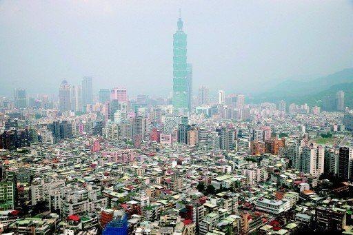 台北市新成屋、預售建案(不含商、廠辦)規劃的房型比例,三房型占比強升至39.8%...