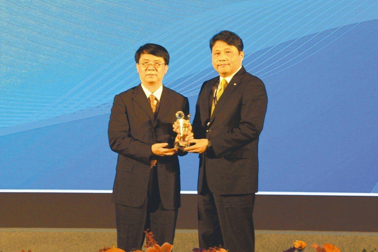 中華航空在企業永續報告類及企業永續績效類表現不凡,共獲四項大獎。 中華航空/提供