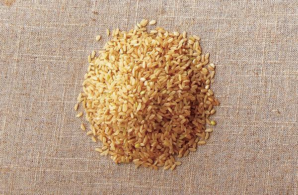 糙米營養價值高。