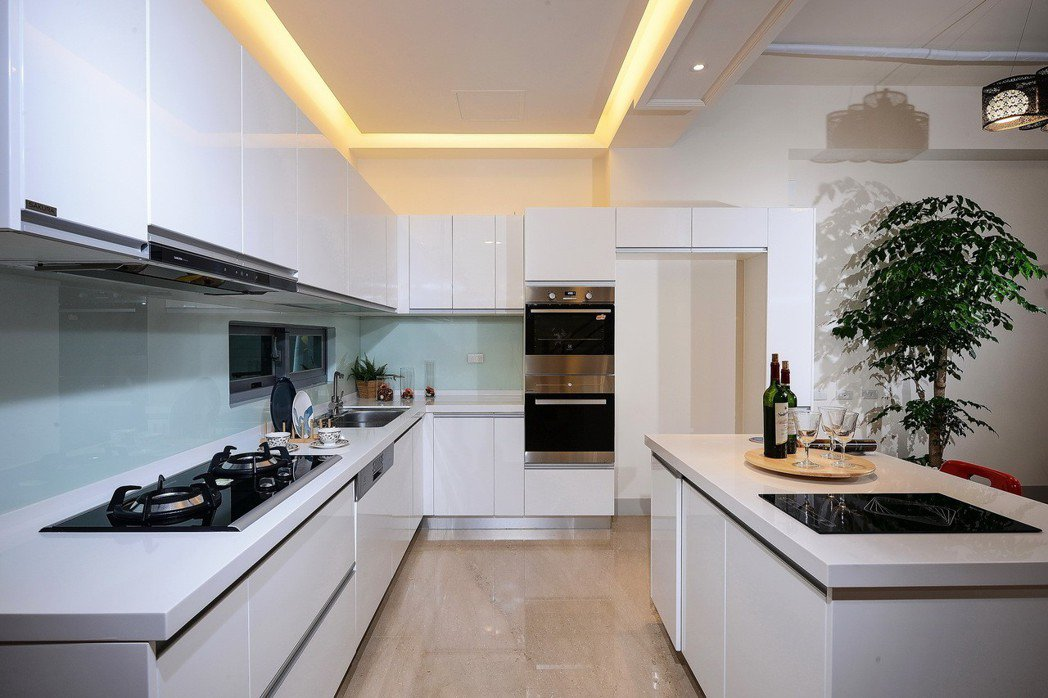 【中島廚房】三代共居的美好食光。圖片提供/雄鹿建設