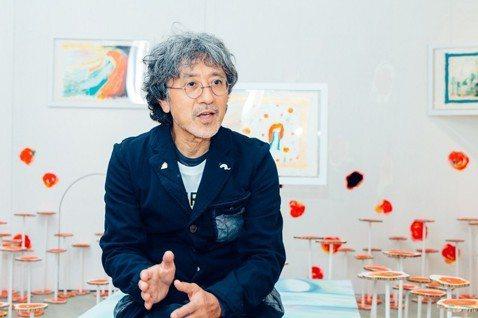 「旅行,是在路上發掘故事。」在旅程中,能夠遇到所有不可思的發生,這也是旅行帶來的偶發。日本國際知名繪本大師荒井良二首次來台進行「想像的旅行」創作個展,將於11月23日開展。荒井良二出版將近80本兒童...