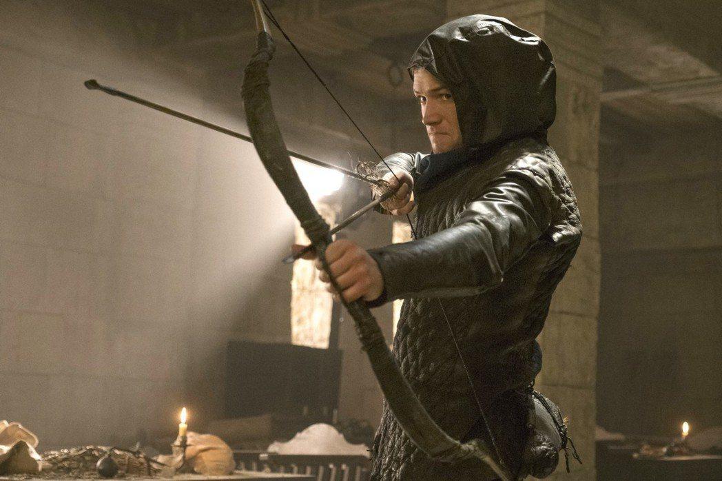 泰隆艾格頓主演新片「羅賓漢崛起」,重新詮釋這位傳奇英雄。圖/Catchplay提