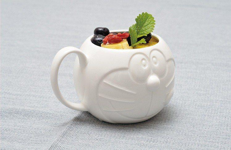 哆啦a夢造型馬克杯。圖/擷取自日本郵便のネットショップ官網
