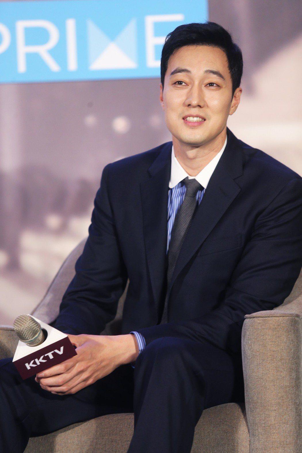 韓星蘇志燮受邀來台出席韓劇「我身後的陶斯」訪台記者會。記者徐兆玄/攝影
