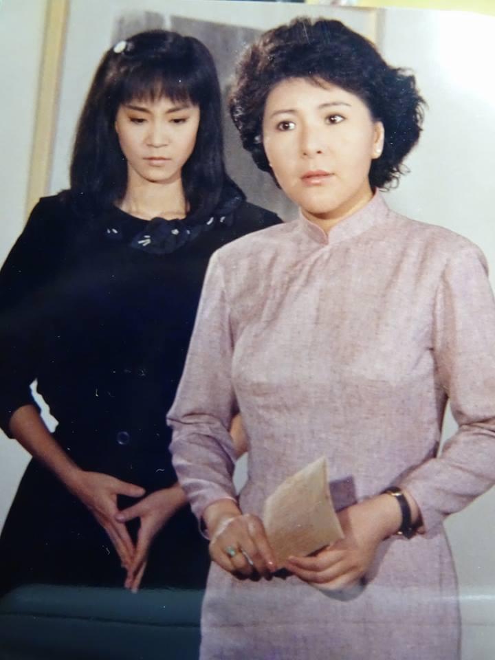 李麗鳳(右)、劉雪華演出不少瓊瑤戲。 圖/摘自臉書