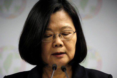 民進黨為何大敗?柯綠戰爆、韓流引爆、選務爛爆