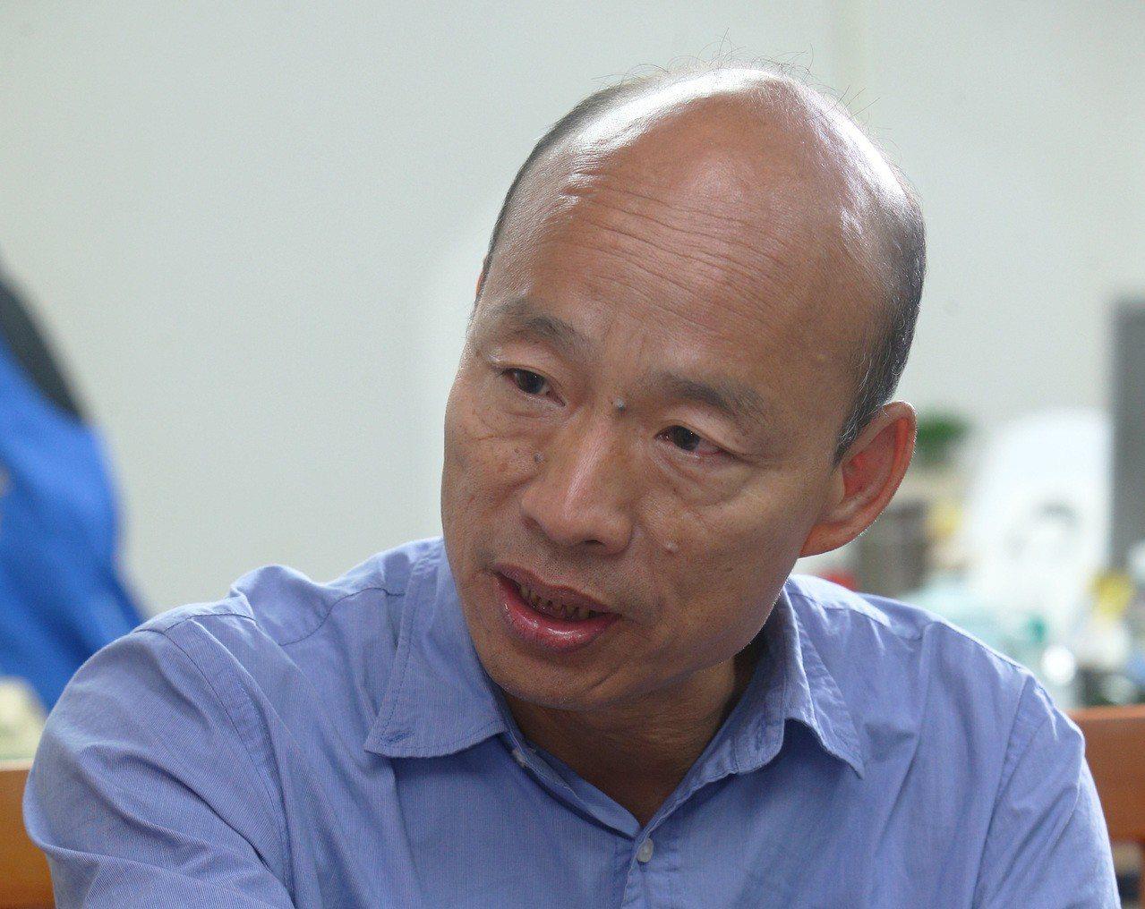 韓國瑜掃街時,更不會強調自己是國民黨。記者劉學聖/攝影