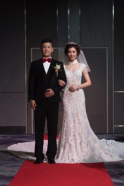 孫志浩、林若亞2016年底舉行婚禮。圖/寶麗來提供