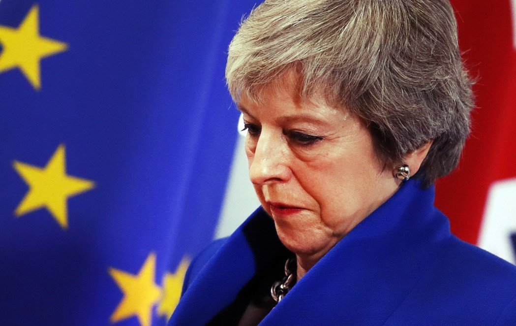 脫歐,一開始就沒退路?圖為2018年11月25日,人在布魯塞爾進行最後談判的英國...