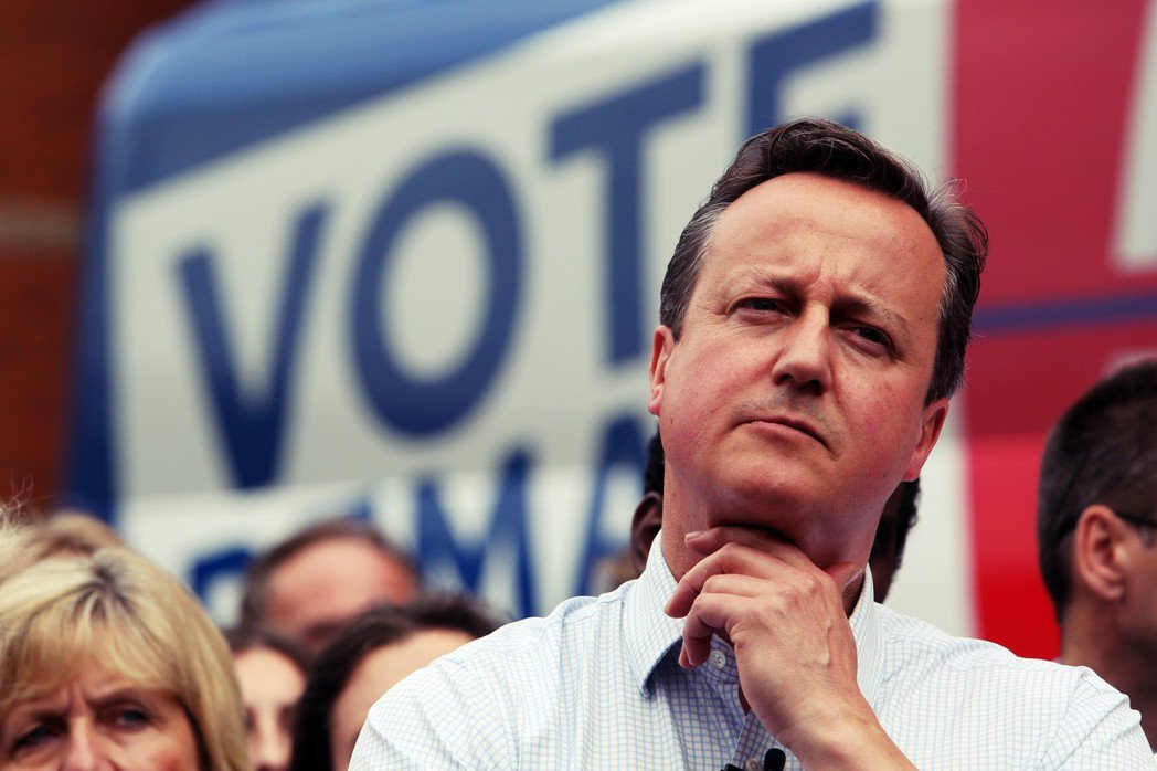 惡搞的卡麥隆(圖)政府,魯莽地發起第一次脫歐公投,以最壞的方式打開了英國脫歐之門...