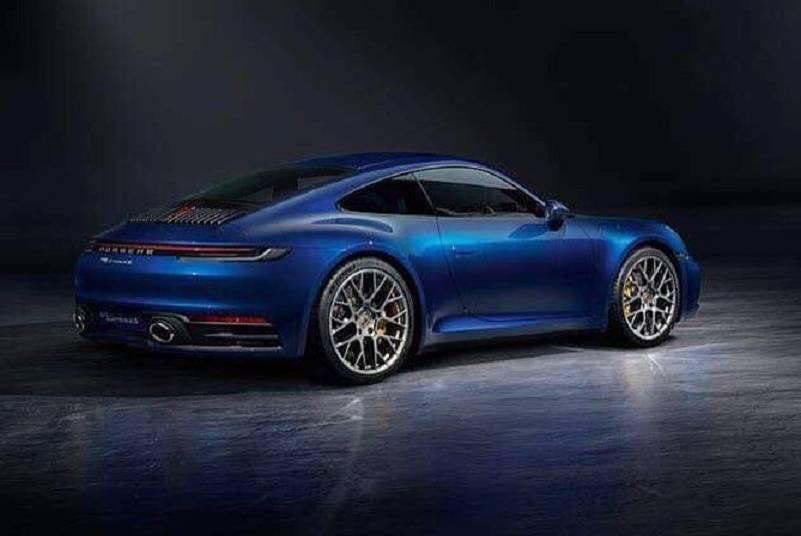 新911輪拱的大爆龜增添許多肌肉感。 摘自Carscoops