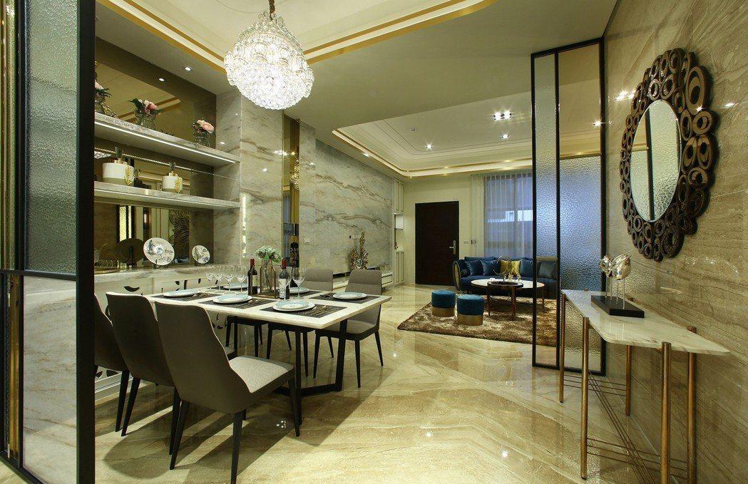 開放式餐廳空間展現俐落及通透,廚房選配德國及日本精品廚具。圖片提供/瀚豐泰建設