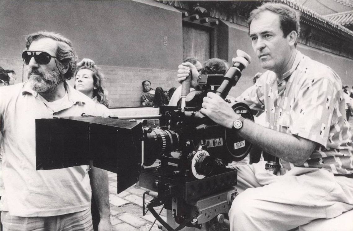 以《末代皇帝》奪下多座奧斯卡大獎的義大利電影名導貝納多.貝托魯奇(Bernard...