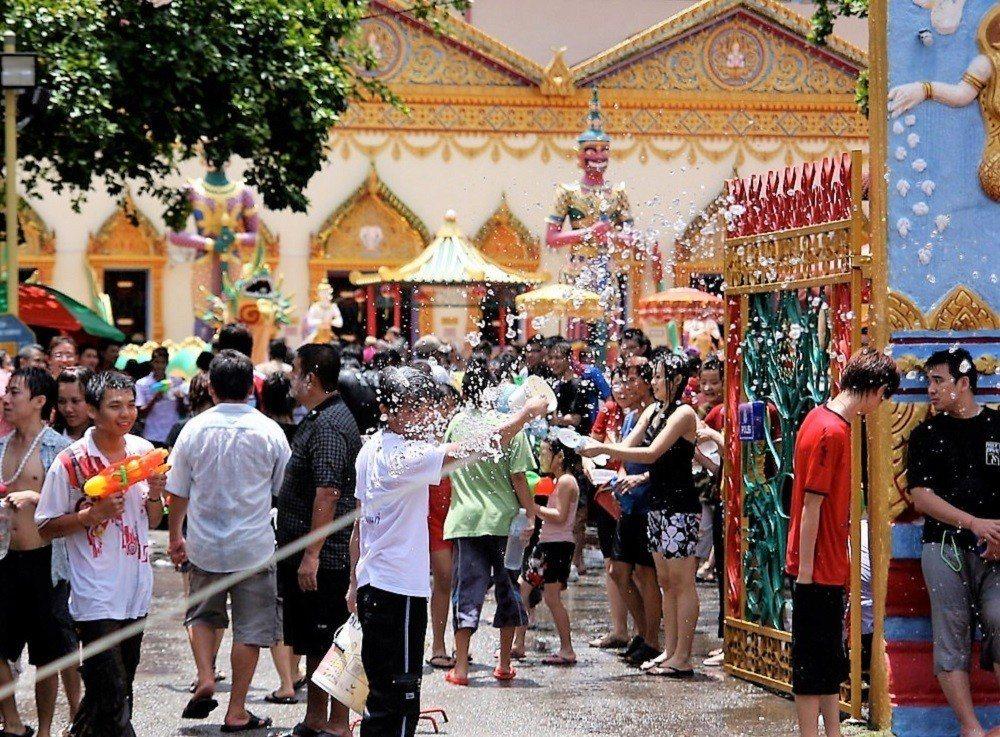 ▲泰國節日-泰國潑水節。(圖/攝影者:Jan, Flickr CC Licens...