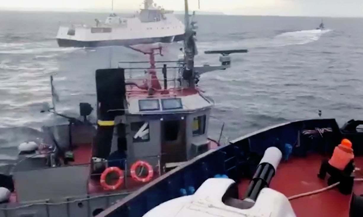 烏克蘭與俄羅斯25日爆發海上實彈衝突,俄國阻擋烏軍通過克赤海峽,派遣軍艦追撞攻擊...