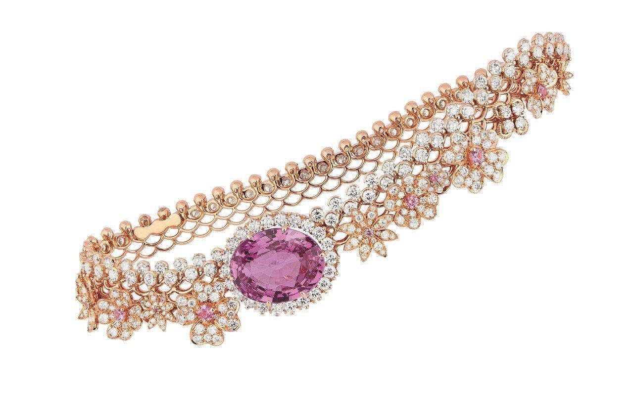 Dior的Dior Dior Dior高級珠寶系列Dentelle Tulle粉...