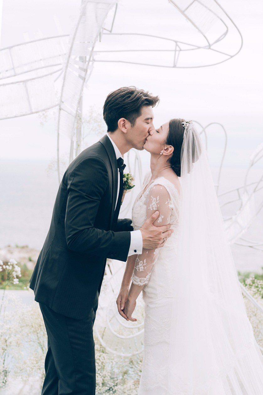賈靜雯、修杰楷峇里島婚禮浪漫動人。圖/齊點娛樂有限公司、小小姑娘工作室提供