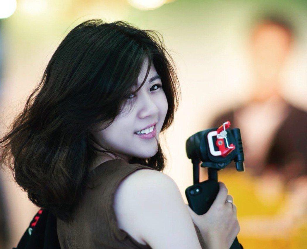 民進黨台南市長當選人黃偉哲團隊的「學妹」蘇芷婕,外型亮麗。 圖/蘇芷婕提供