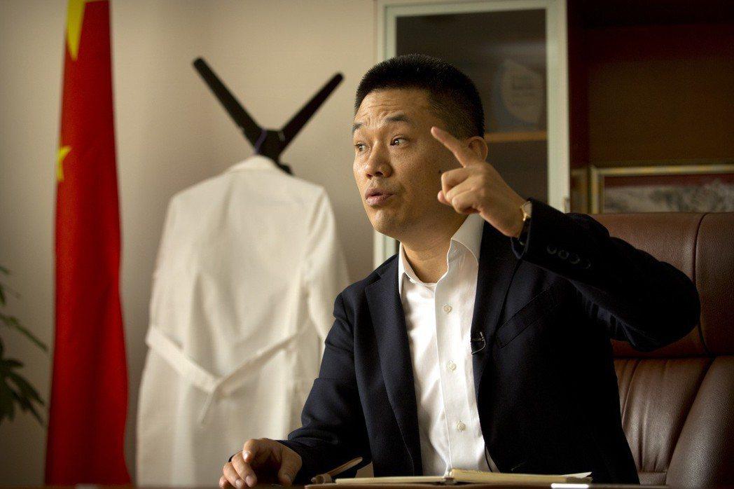 被指為賀建奎團隊「神秘關鍵人」的林志同,在深圳接受《美聯社》專訪時表示:「這一切...