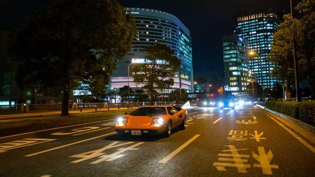 Lamborghini經典車款Countach。 摘自Lamborghini