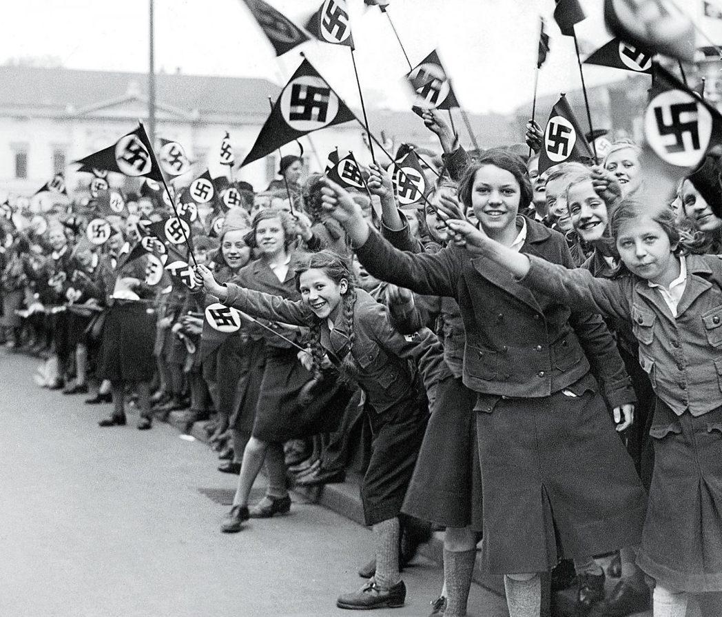 歡迎!歡迎!熱烈歡迎!1936年希特勒終於解除對奧地利的觀光封鎖,但隨後來的多是...