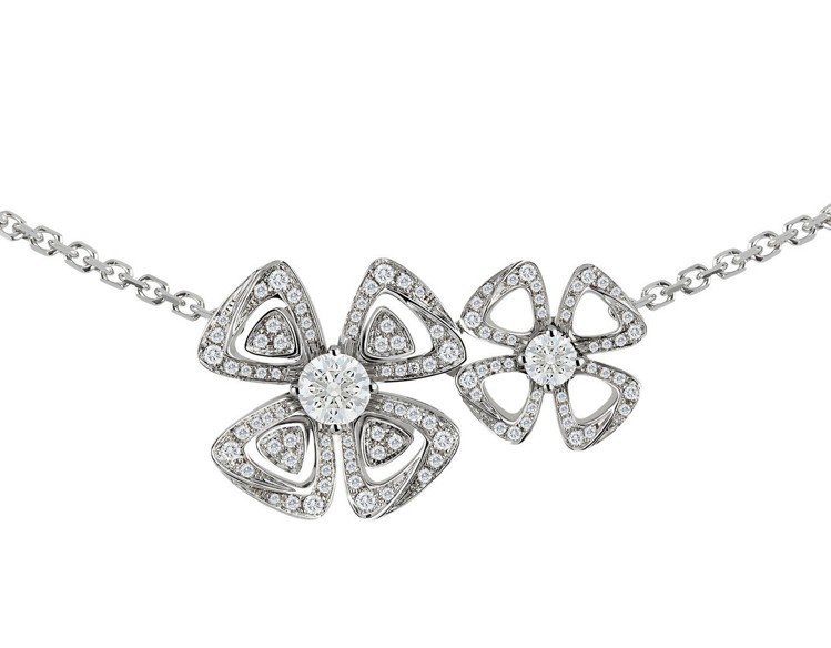 寶格麗FIOREVER 系列白K金鑽石項鍊,31萬2,200元。圖/寶格麗提供