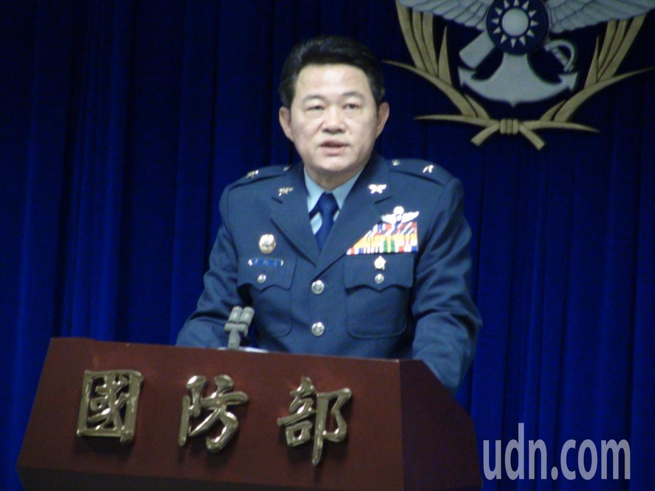 空軍司令部計畫處長唐洪安表示,空軍與中科院自106年2月針對新式高教機簽訂委製協...
