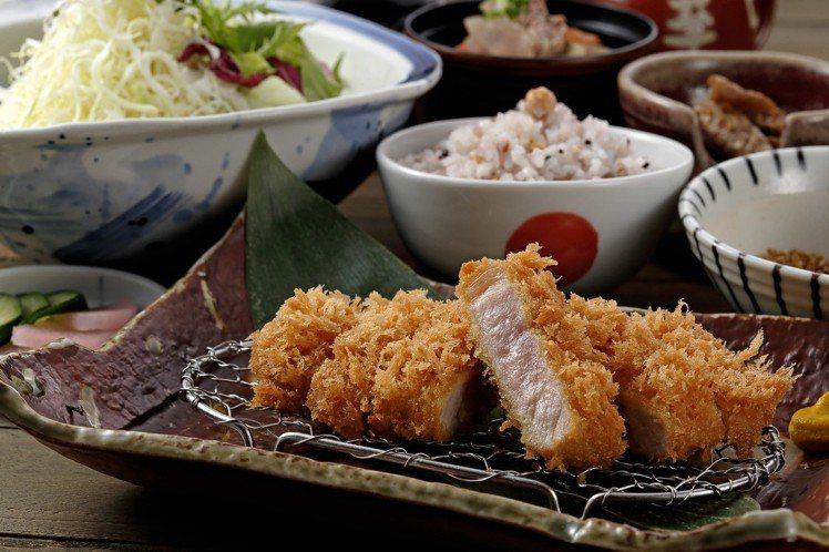 勝勢在肉之日推出小份里肌、腰內餐直接免費升級的優惠。圖/慕里諾集團提供