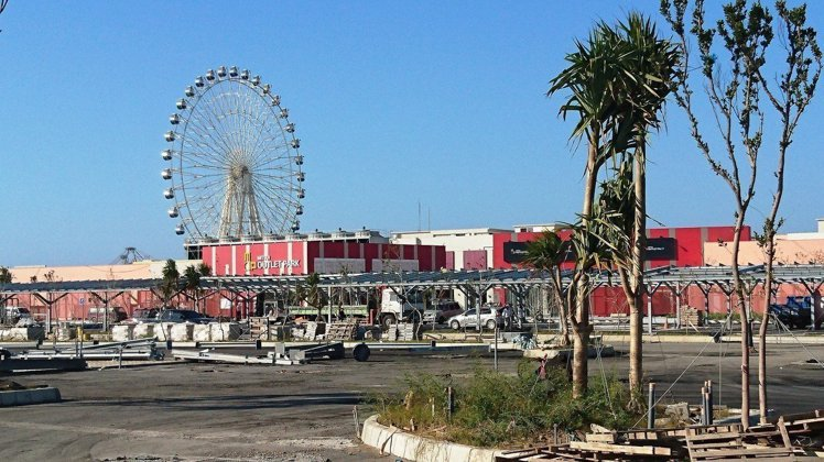 MITSUI OUTLET PARK 台中港將是台灣首座海港型購物商城,並結合大...