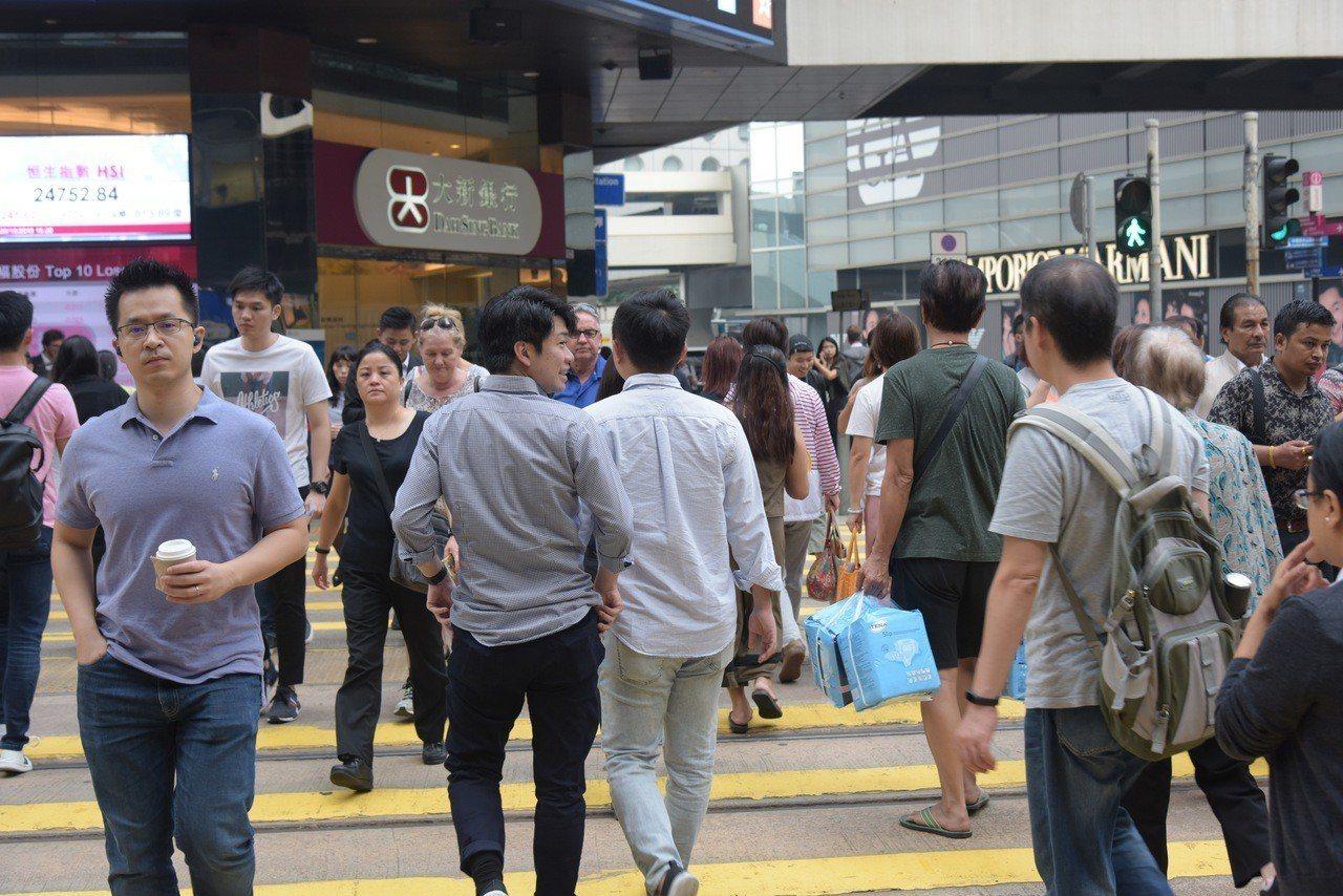 凱捷顧問公司的最新亞太財富報告指出,日本富人所累積的財富稱冠亞太地區,中國則緊追...