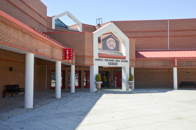 馬州蒙郡公校系統(MCPS)的一名英語及戲劇講師薩迪波,感恩節期間在北卡羅萊納州...