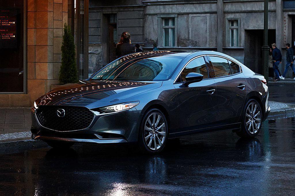 全新第四代Mazda3在外觀設計大量沿自Mazda KAI Concept「魁」...
