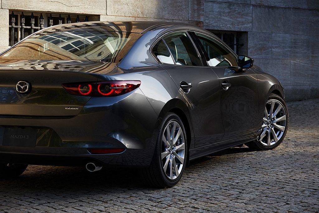 現在就等待車展開幕後,Mazda汽車提供更多更清楚的新車資訊。 圖/Mazda提...