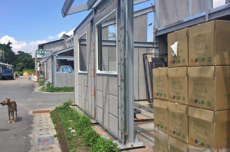台北市三峽區的原住民文化生活園區,用節能磚蓋房子,冬暖夏涼。 台灣開發資材/提供