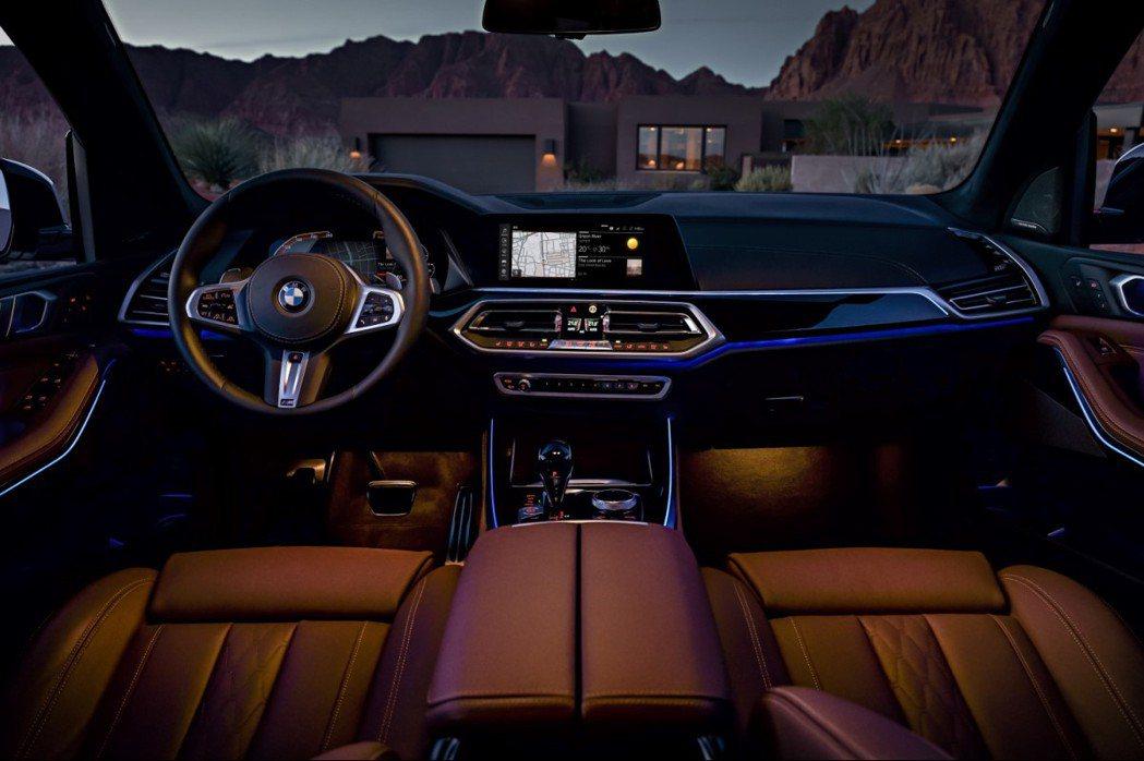 充滿未來感的全數位虛擬座艙,搭載最新12.3吋數位儀錶與12.3吋中控觸控大螢幕...