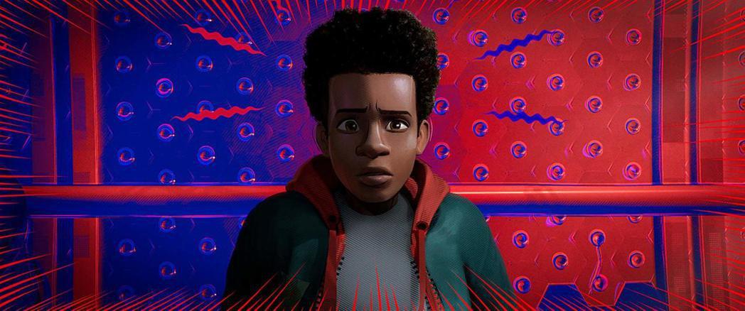 黑人蜘蛛人邁爾斯首度登上大銀幕,是「蜘蛛人:新宇宙」中的主角。圖/摘自imdb