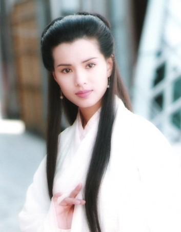 李若彤曾因扮演「神鵰俠侶」中的小龍女而紅遍港陸。圖/摘自微博
