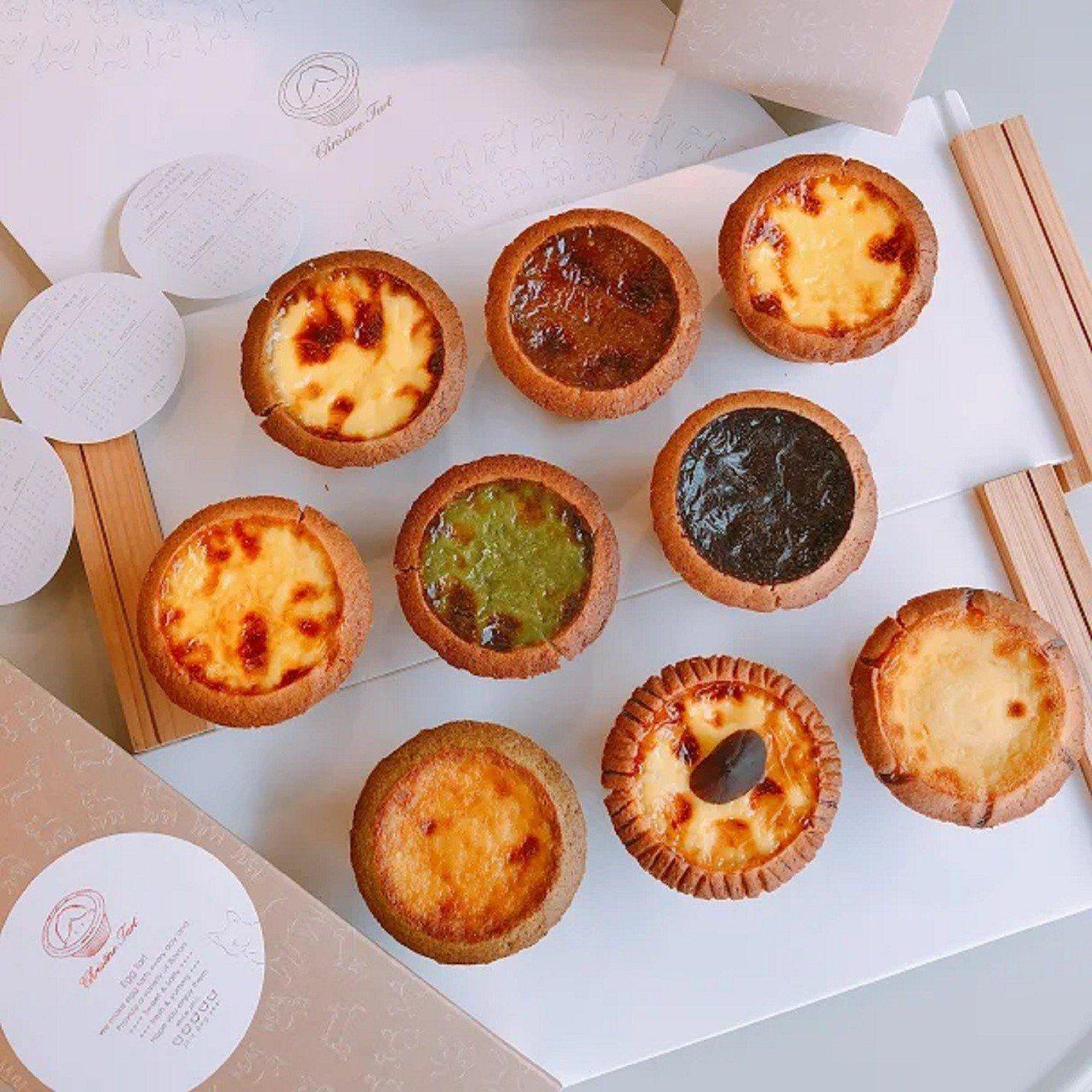誠品生活台中三井店的克莉斯塔12月12日到25日凡購9顆蛋塔,即贈原味蛋塔乙顆。...