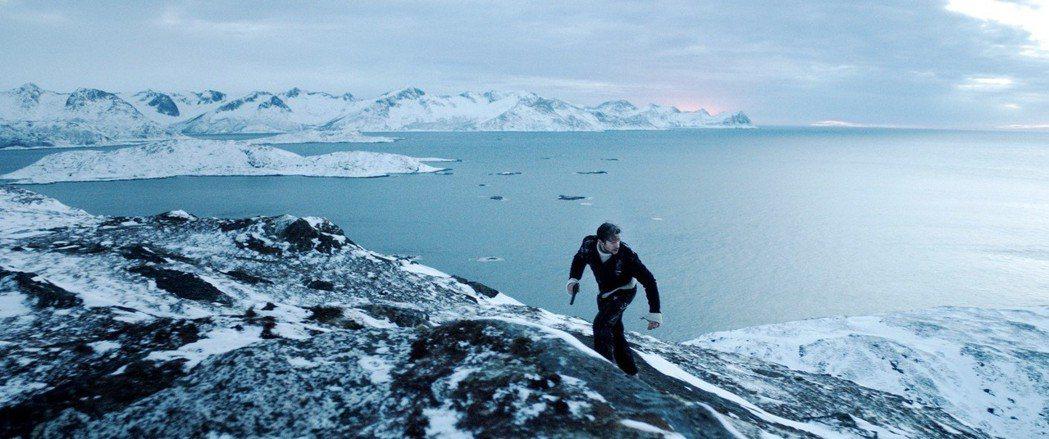 「不可能的逃亡」場景壯麗,氣氛緊張。圖/海鵬提供