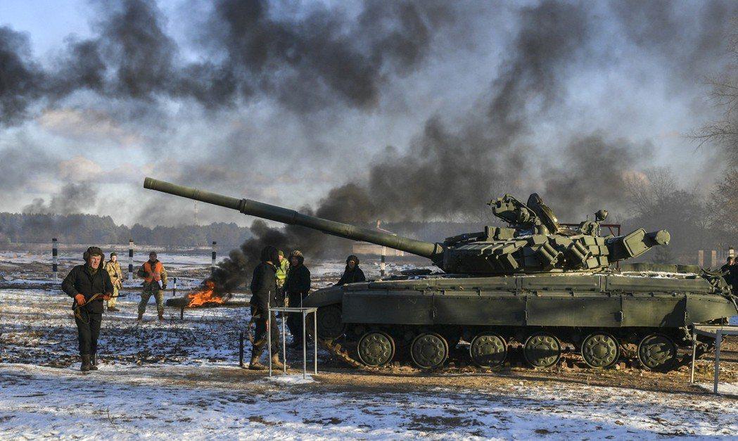 烏克蘭軍人11月在北部受訓。(美聯社)