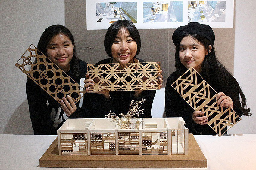 第一名的「烹烹屋」,是由張匯苡、蔡瑋倫及薛榆潔所創作。 元智大學/提供