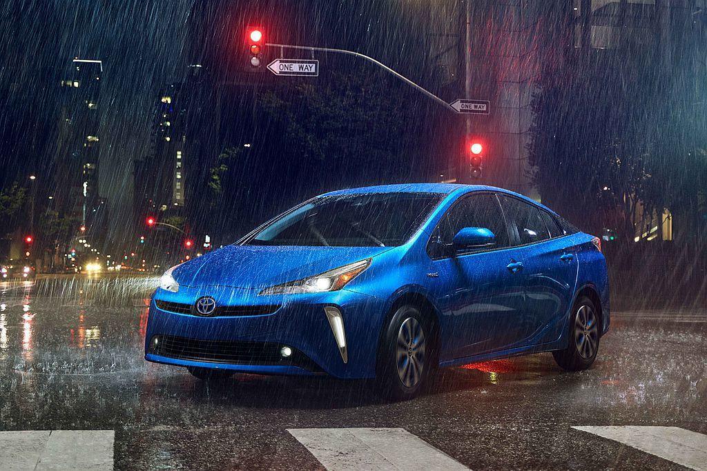 全球賣最好的油電車Toyota Prius,現行款推出三年後於日前美國洛杉磯車展...