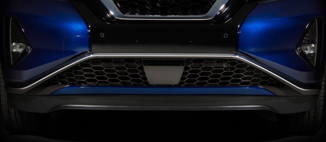 小改後Murano可選配Safety Shield 360安全輔助系統套件。 摘自Nissan