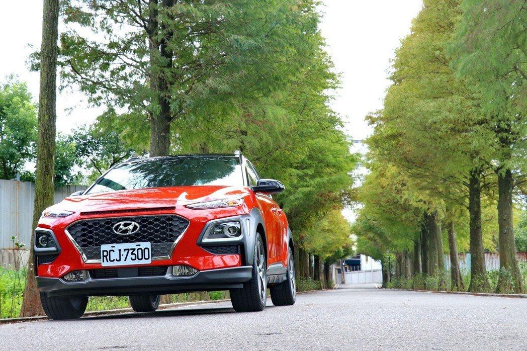 Hyundai Kona是品牌首輛跨界休旅作品。 記者陳威任/攝影