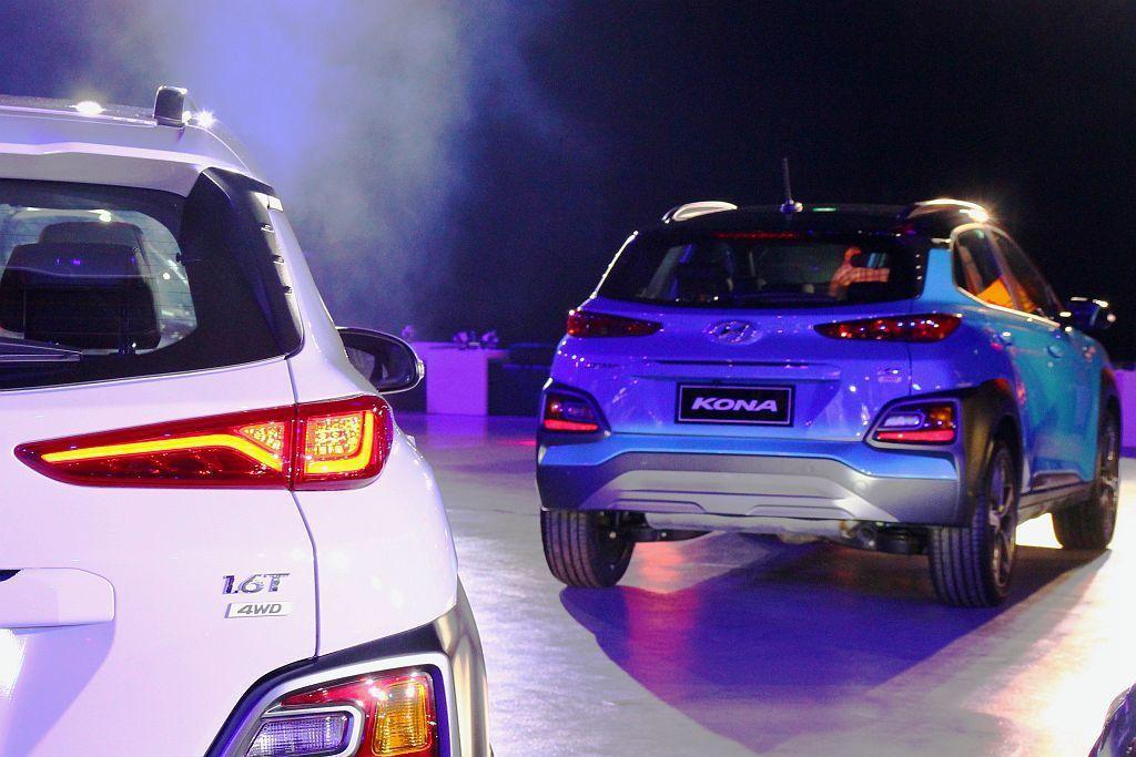全新電子式4WD智慧型可變四輪驅動系統,使操控更加出色並提供穩定的循跡表現。 記者張振群/攝影
