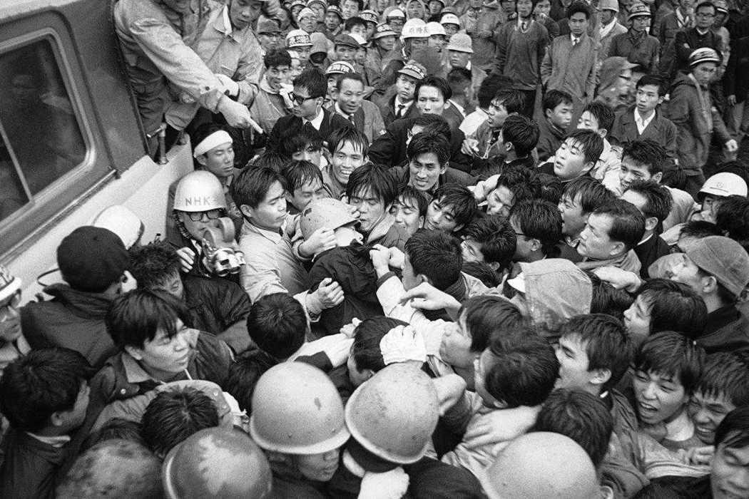 回顧歷史,日本學運原本與政黨有過非常緊密的關係。像是二戰後的日本社會黨與共產黨,...
