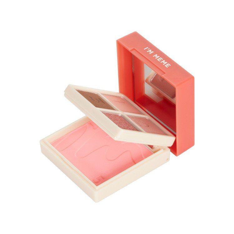 I'M MEME我愛睡過頭魔術彩妝盒採用5公分小巧尺寸和雙層設計。圖/I'M M...